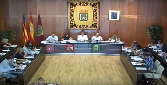 Calp se quita de encima el pleito en el que Bankia le pide 11 millones traspasando la residencia a una empresa de Castilla-León