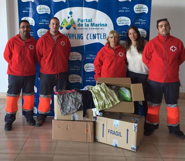 Portal de la Marina entrega a Cáritas y Cruz Roja de la acción solidaria de otoño