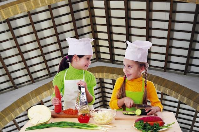 En el Mercat de Xàbia, los mejores chefs son los niños