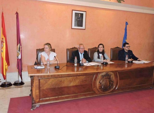 Dénia pone los cimientos para el desarrollo del proyecto Unesco de Ciudad de la Gastronomía