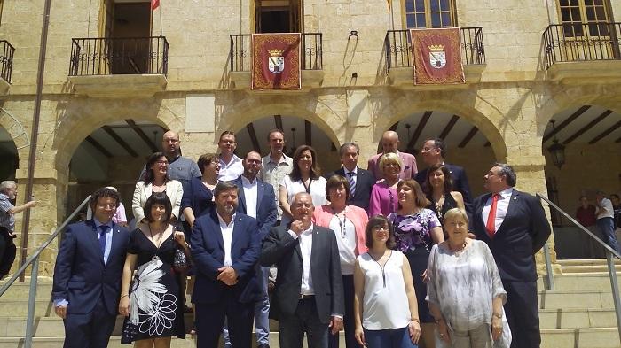 El alcalde y Pepa Font pactan un frente contra el «ninguneo» que sufre Dénia de la Diputación