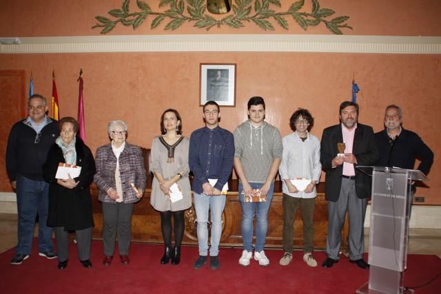 Los ganadores del certamen Teatre en Curt recogen sus premios en Dénia