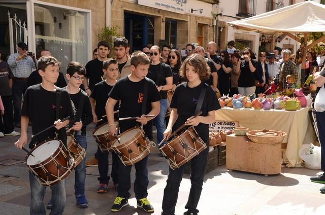 La Fira d'Artesania ya llena de gente las calles de Xàbia