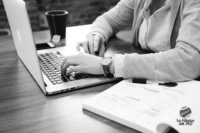 Cómo conseguir hacer visible tu empresa en Internet y no morir en el intento