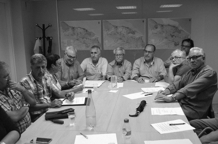 Las asociaciones de vecinos acusan al gobierno de Dénia de buscar su desaparición