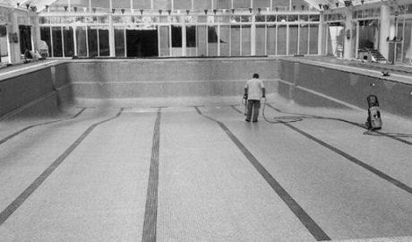El Consell abre la puerta a la piscina cubierta que Xàbia lleva 11 años esperando