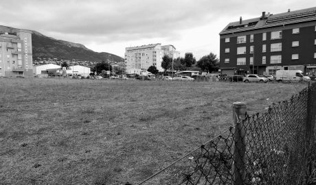Dénia acondiciona un nuevo aparcamiento público junto a la avenida del Montgó