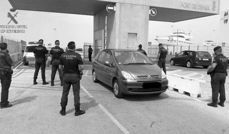 Detenida tras intentar embarcar un kilo de cocaína en un ferry en Dénia