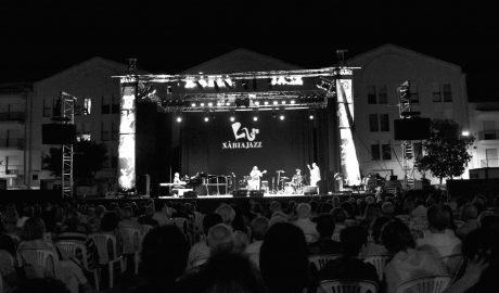 Elegancia y sobriedad vs energía y vitalidad en la primera sesión del Xàbia Jazz