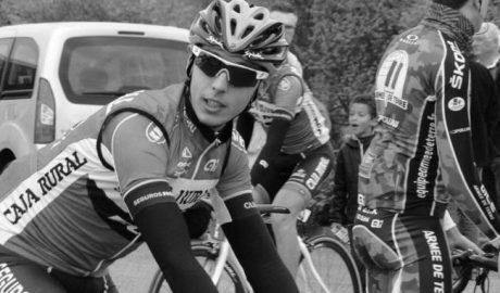 """Toni Molina, ciclista profesional: """"El ciclismo se basa en el esfuerzo pero también en la diversión, sin presión"""""""