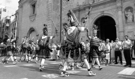 El Bernat Capó premia la tradición de la danza popular valenciana