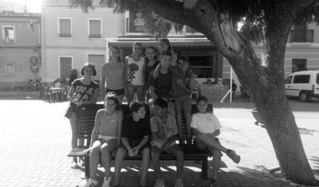 Los jóvenes de Beniarbeig reviven la historia local jugando en una gymkhana