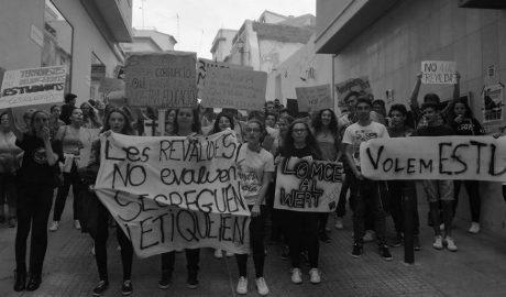 Ana Sala (PP) ante la manifestación de estudiantes en Calp: «Yo nunca hice una huelga y ésta es incomprensible y triste»