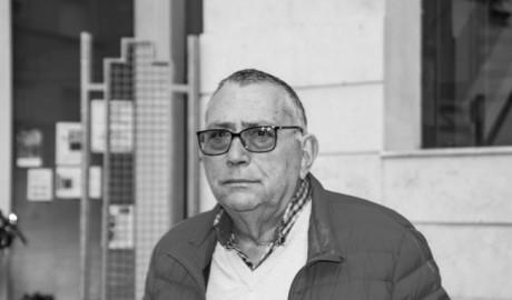 Luto en Dénia por la muerte de Josep Bertomeu tras toda una vida dedicada a los libros