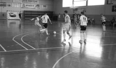 Se le escapan los puntos al CD Dénia Futsal que pierde en casa ante el Navalmoral