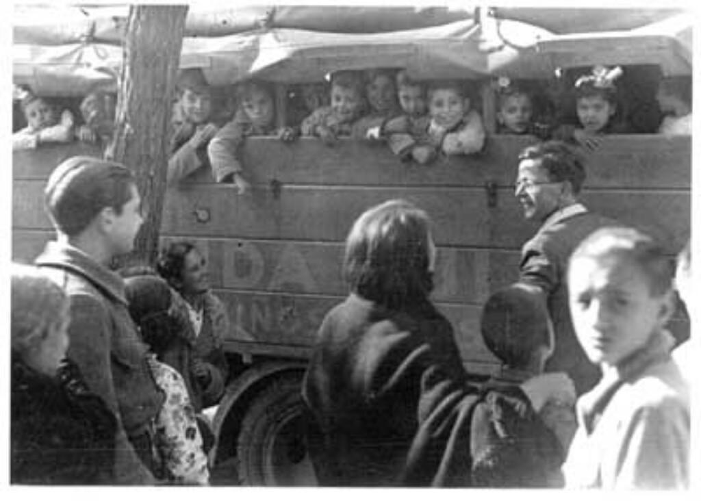 Una imagen de las evacuaciones de niños en el Madrid de 1936.