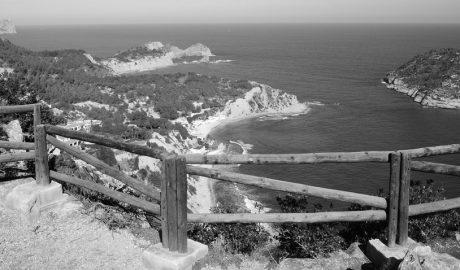 El Consell proposa limitar la construcció en tres zones de la costa de Xàbia