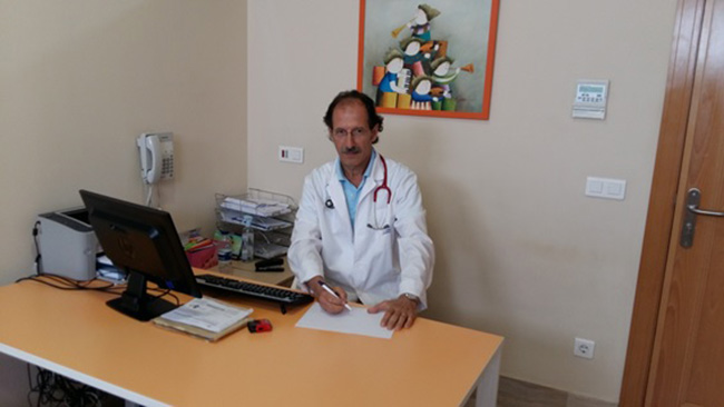 El pediatra Gustavo Bernaldez.