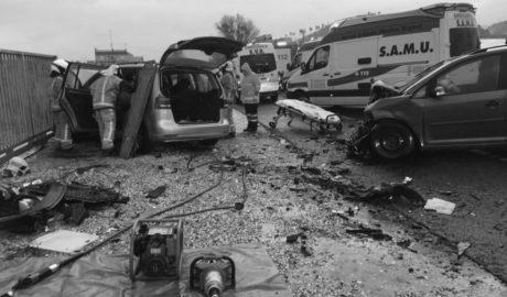 Cinco heridos, tres graves, en un accidente en la N-332 en Pedreguer