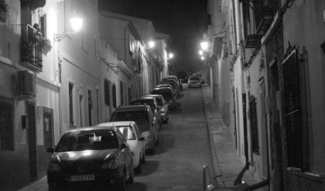 Empieza la cuenta atrás para que sólo los vecinos puedan aparcar en Les Roques