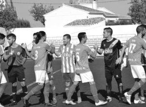Los equipos de la comarca están lejos de cumplir con sus expectativas tras catorce jornadas de liga