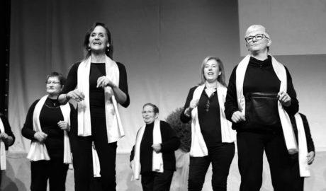 Las actrices de Valentes i Positivas vuelven a combatir el cáncer con el teatro