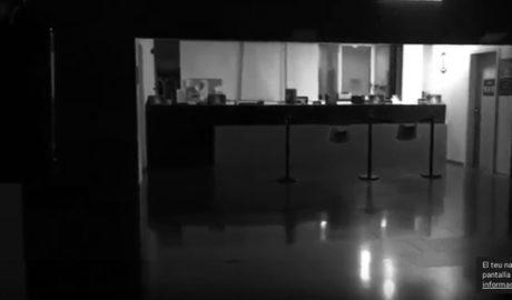 [VÍDEO] Dejan a pacientes a oscuras en el Hospital de Dénia tras esperar más de dos horas una ambulancia