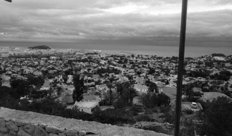 El TSJ ratifica el primer derribo de un chalet de lujo en el Montgó de Dénia