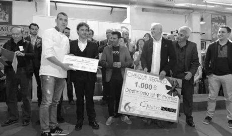 El alicantino Antonio Villaescusa gana el sexto Concurso de la Gamba Roja de Dénia