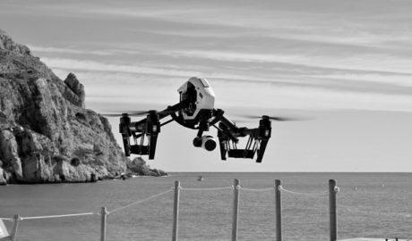 Un dron para combatir la pesca furtiva en Xàbia