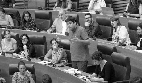 Compromís exige a la Generalitat acciones legales contra Marina Salud por los sobrecostes en Urgencias