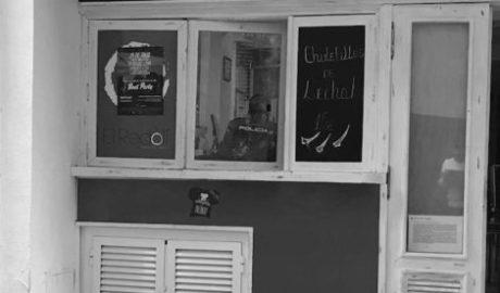 Roban en otro restaurante de la calle Loreto dos meses después de la última oleada de hurtos