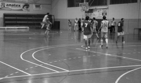 El Dénia Futsal sigue a tres puntos de la Copa pese a no haber jugado esta semana