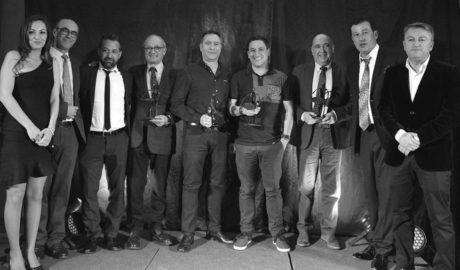 La hostelería premia a Alberto Ferruz por su papel de embajador gastronómico de Xàbia