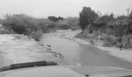 Otra jornada pendiente de la crecida del Gorgos en Xàbia