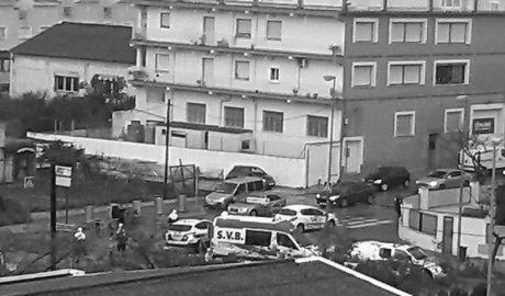 Dos jóvenes heridos en Dénia tras colisionar sus ciclomotores