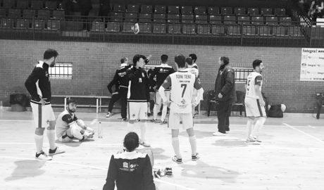 El Dénia Futsal logra la heroica y sigue soñando
