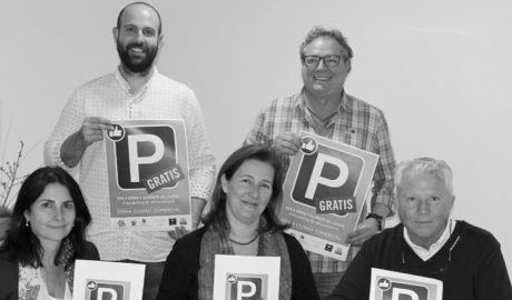 La hostelería y las asociaciones del Mercat y el Centre Històric de Dénia se unen a la campaña de parking gratis para los clientes