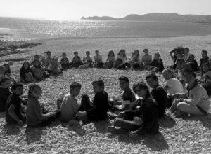 Los escolares del CEIP Port de Xàbia disfrutan de las monas de Pascua rodeados de naturaleza