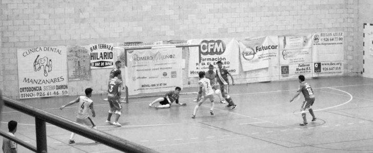 Dura derrota del Dénia Futsal en casa del líder que le hace bajar hasta la sexta posición