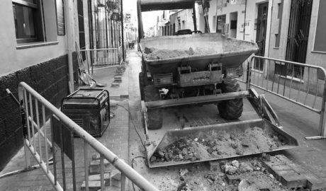 Retraso en las obras de la calle Loreto: Triste, indignado, cabreado