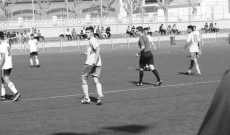 El Juvenil del Dénia tiene casi imposible lograr el sueño debido a su derrota ante el Club La Vall
