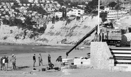 La contrata millonaria de las playas de Calp llega a Semana Santa sin los deberes hechos
