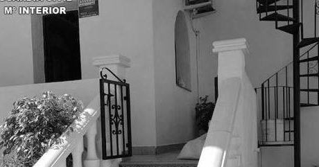Rescatada una anciana que llevaba varios días postrada en su cama en Teulada