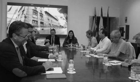 Ximo Puig: «Trabajamos para lograr una reversión anticipada de la sanidad en la Marina Alta»