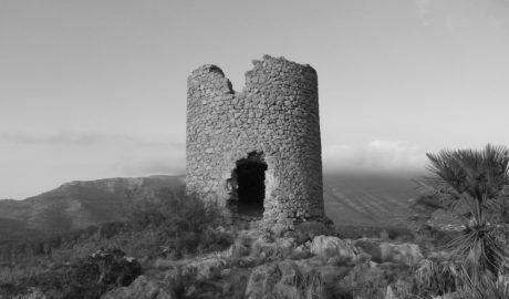 El Consell inicia al fin la protección de 29 molinos de viento en ocho municipios de la Marina Alta