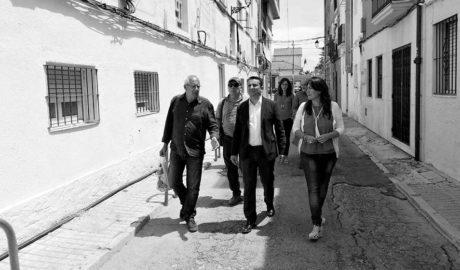 Tot l'estiu en obres per a fer per a vianants els carrers Fontenella, Port i Pilota al costat del port de Dénia