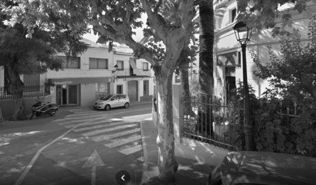 El cierre de otras 3 oficinas del Sabadell eleva a 11.000 los habitantes sin banco en la Marina Alta