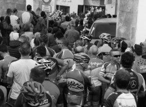 Ciclistas de la Marina Alta y la Safor homenajean a los dos compañeros de Xàbia fallecidos