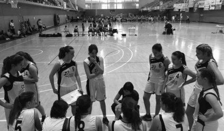 El equipo cadete femenino de Pedreguer gana el Torneo Internacional Costa Blanca Basket Cup